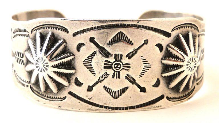 Vintage Native American Sterling Silver Bracelet